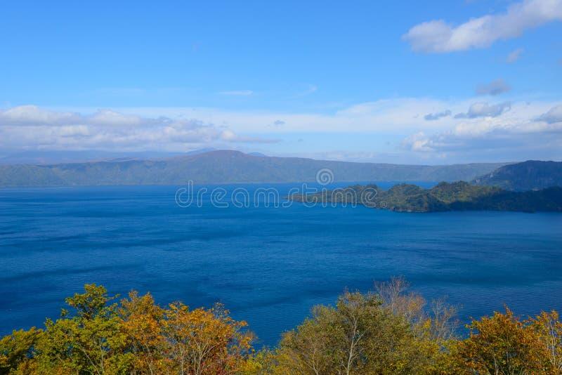 Automne dans le lac Towada photo stock