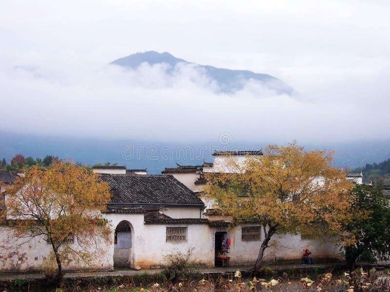 Automne de village de Hong images libres de droits