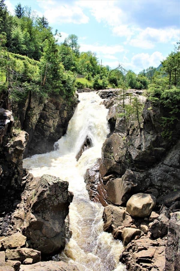 Automnes élevés gorge, Wilmington, New York, Etats-Unis photographie stock libre de droits