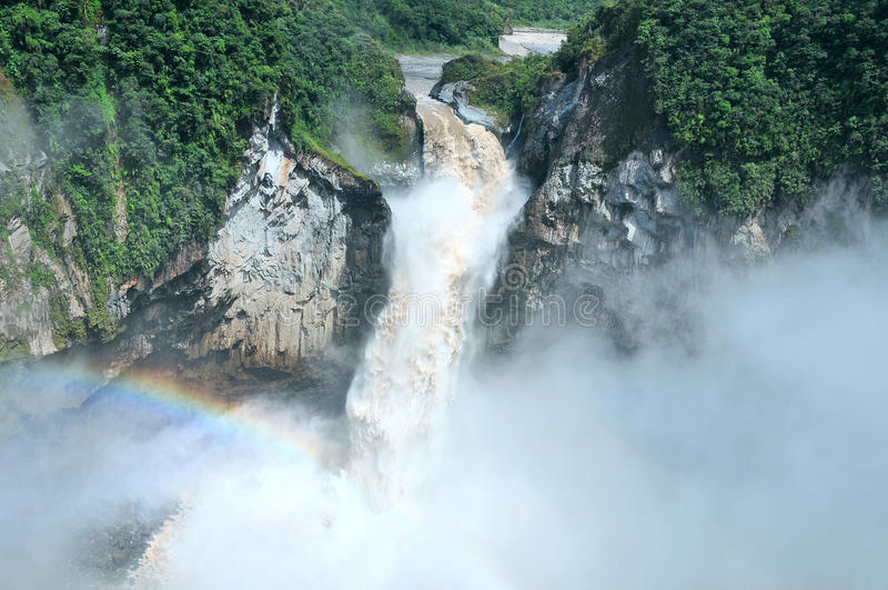 Automnes de San Rafael La plus grande cascade en Equateur images libres de droits