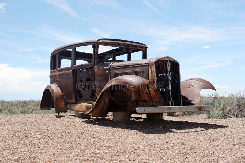 Automobile americana classica arrugginita immagine stock libera da diritti