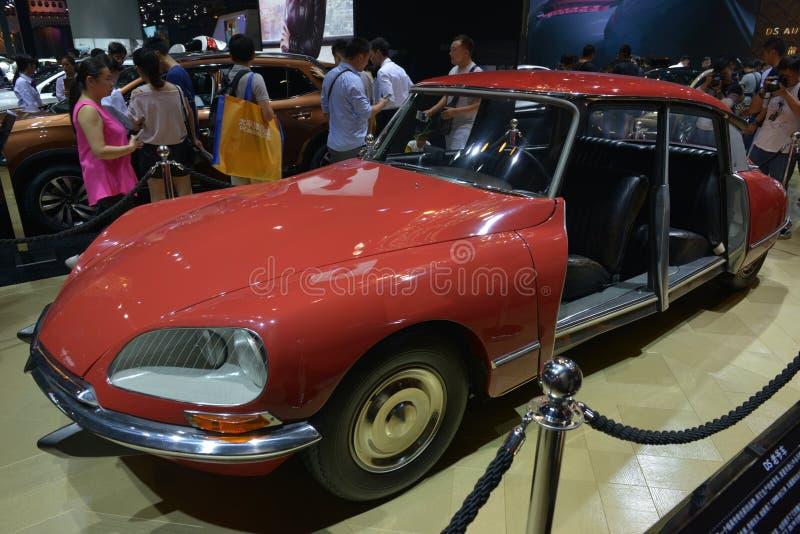 Automobile antica 1968 di Citroen DS 21 fotografia stock