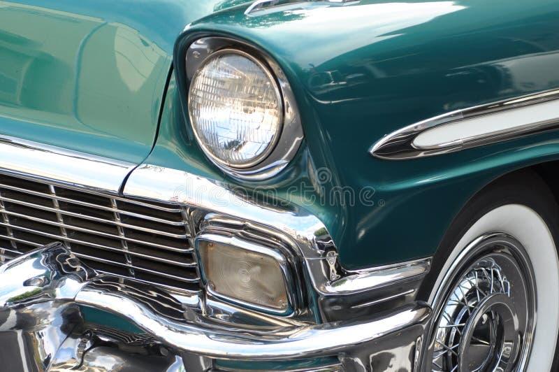 Automobile blu dell'annata del Aqua fotografie stock libere da diritti