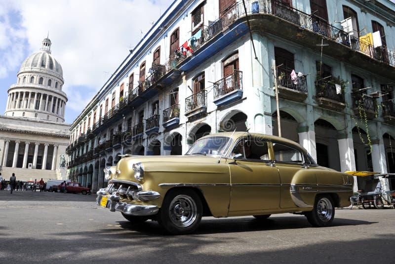 Automobile cubana d'annata immagine stock