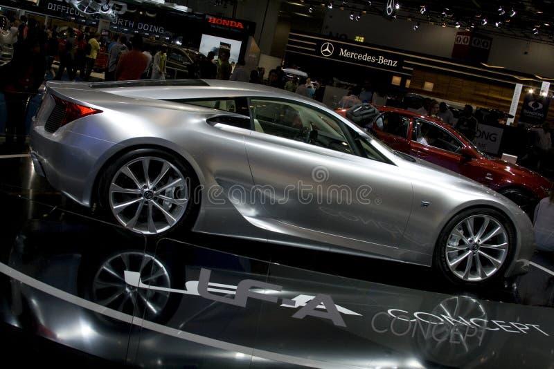 Automobile d'argento di concetto di lexus ZAS