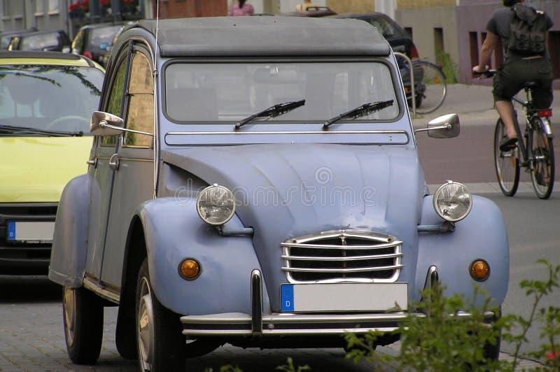 Automobile della nonna immagini stock