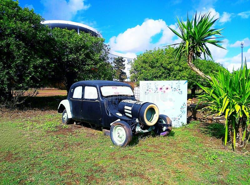 Automobile della vecchia scuola immagine stock
