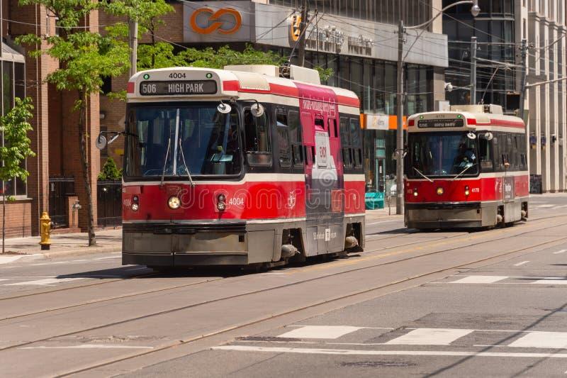 Automobile della via a Toronto del centro 2019 fotografie stock