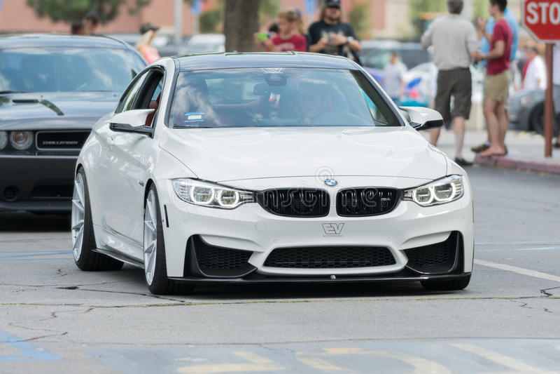 Download Automobile Di BMW M4 Su Esposizione Fotografia Editoriale - Immagine di visualizzazione, tecnologia: 56877557