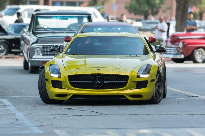 Download Automobile Di Mercedes-Benz SLS AMG GT Su Esposizione Fotografia Editoriale - Immagine di mostra, concetto: 56879351