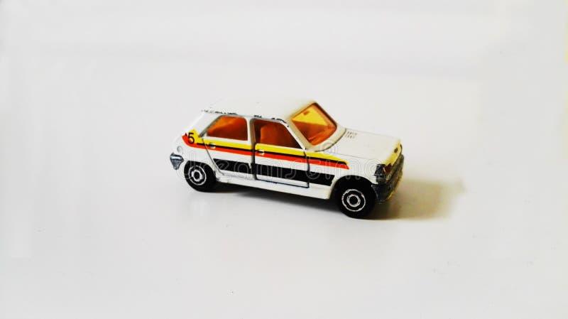 Automobile di modello del giocattolo delle majorette di Renault 5 fotografia stock libera da diritti