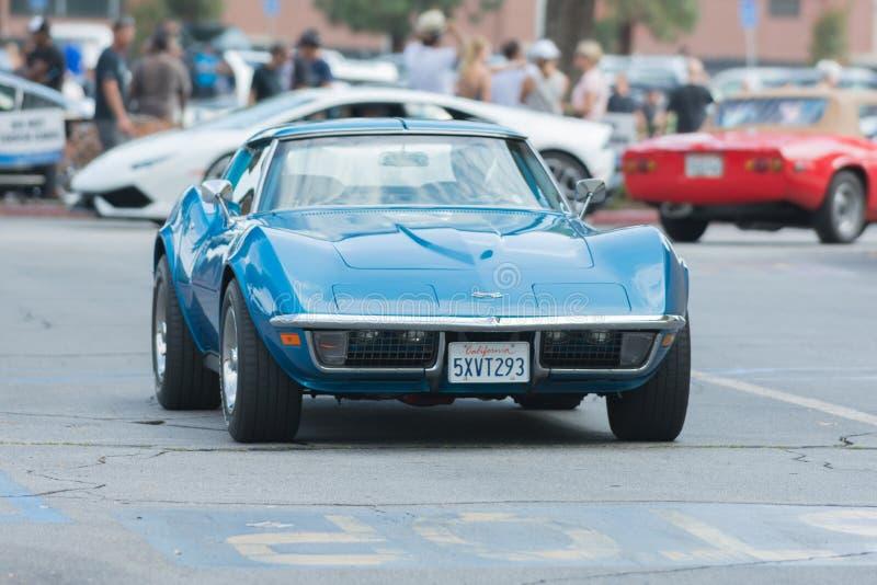 Download Automobile Di Stingray Della Corvetta Sul Displau Immagine Editoriale - Immagine di veicolo, potenza: 56879585