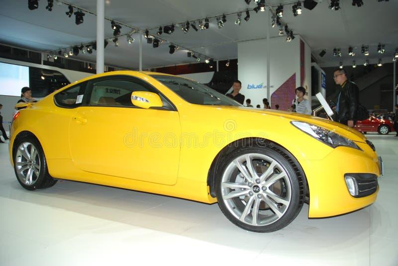 Automobile gialla della Hyundai fotografia stock libera da diritti