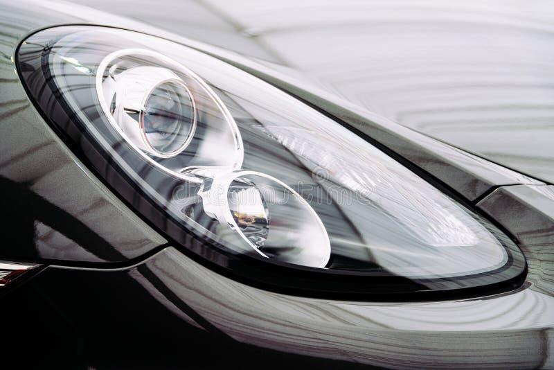 Automobile nera Front Headlight immagine stock libera da diritti