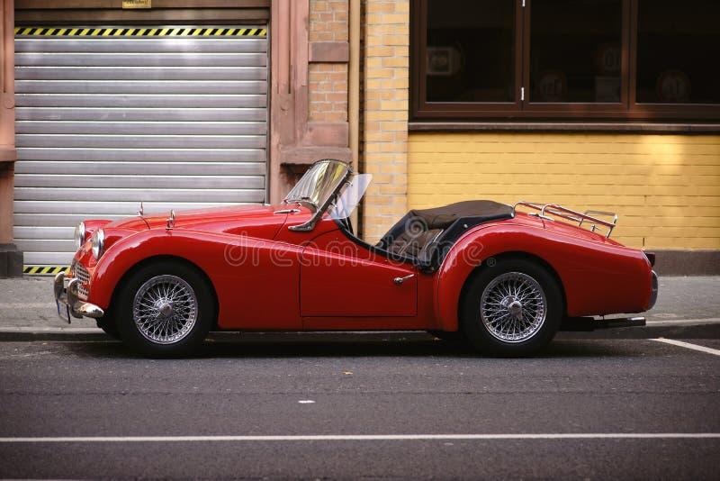 Automobile scoperta a due posti di Triumph TR 3A immagine stock libera da diritti