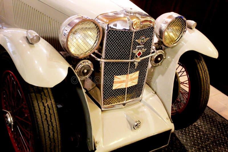 Automobile sportiva antiquata di MG fotografia stock libera da diritti