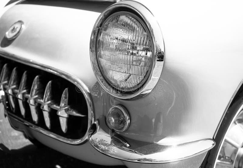 Automobile sportiva bianca dell'annata fotografie stock libere da diritti
