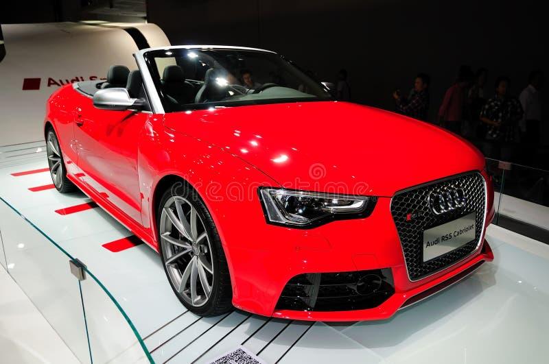 Automobile sportiva convertibile del cabriolet di Audi RS5 immagini stock libere da diritti