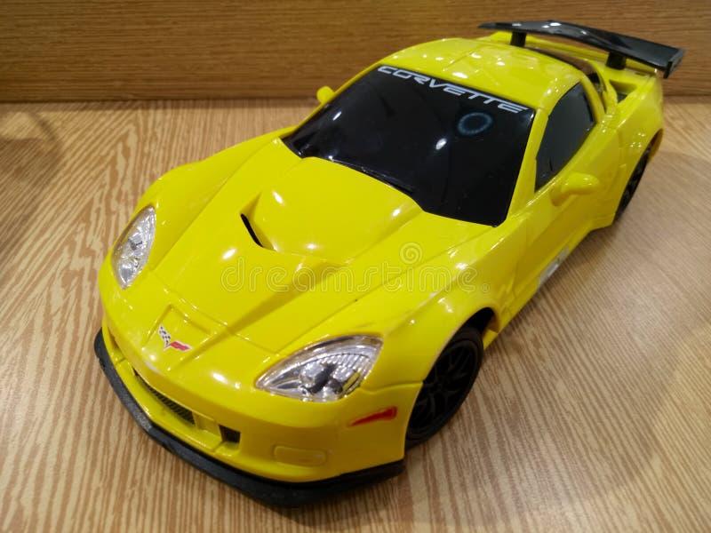Automobile sportiva gialla del Corvette immagini stock libere da diritti