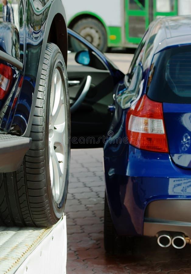 Automobiles neuves à vendre. photo libre de droits