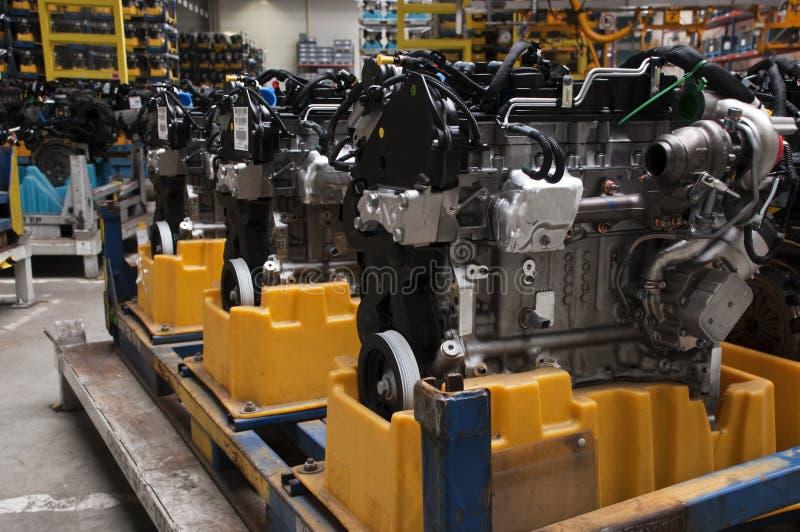 Automobilindustrie - Motoren stockbild