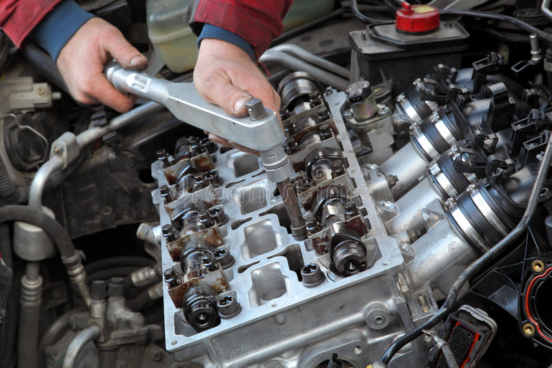 Download Automotive, Cylinder Head Servicing Stock Image - Image: 38633005