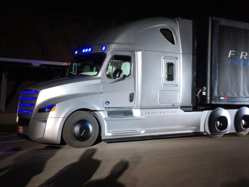 Autonomiczna ciężarówka zdjęcia royalty free