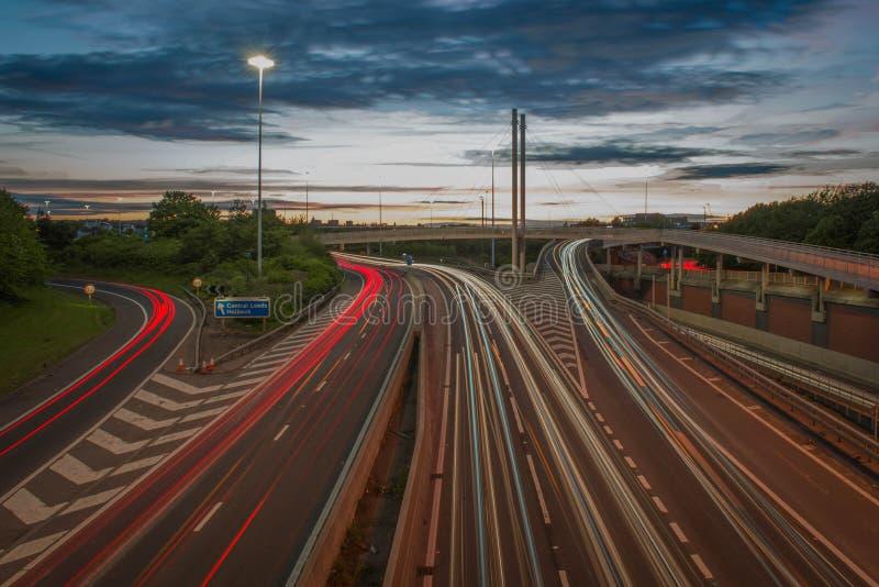 Autopista de Leeds en la puesta del sol fotografía de archivo libre de regalías