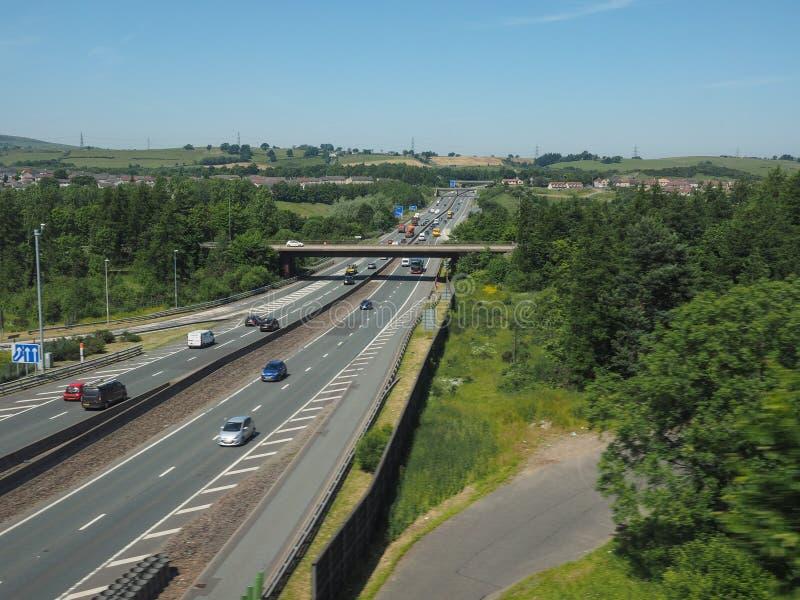 Autopista M8 que conecta Glasgow y Edimburgo en Glasgow fotos de archivo