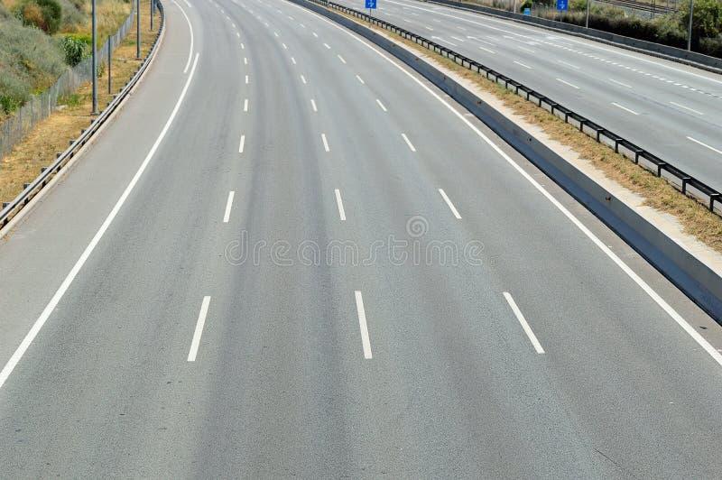 Autopista sin peaje vacía imagen de archivo