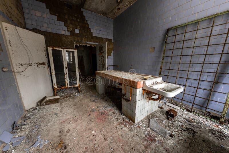 Autopsieraum in Pripyat-Krankenhaus stockfoto