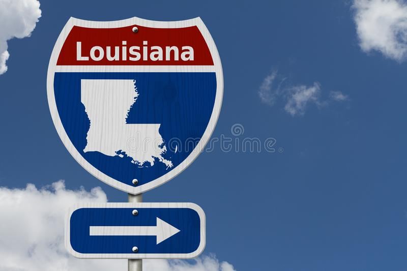 Autoreise nach Louisiana mit Himmel lizenzfreie stockbilder