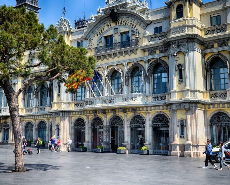 Autoridade portuária que constrói Barcelona, Espanha imagem de stock royalty free