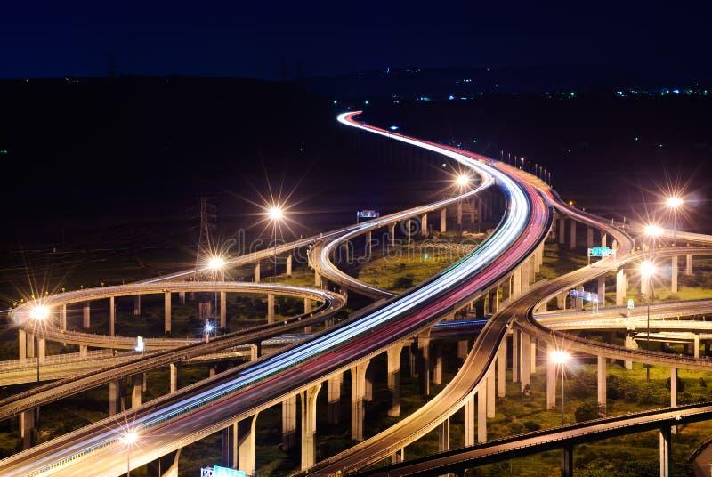 Autoroute dans la nuit photos libres de droits