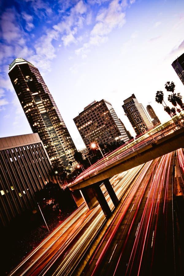 Autoroute de Los Angeles au coucher du soleil photographie stock