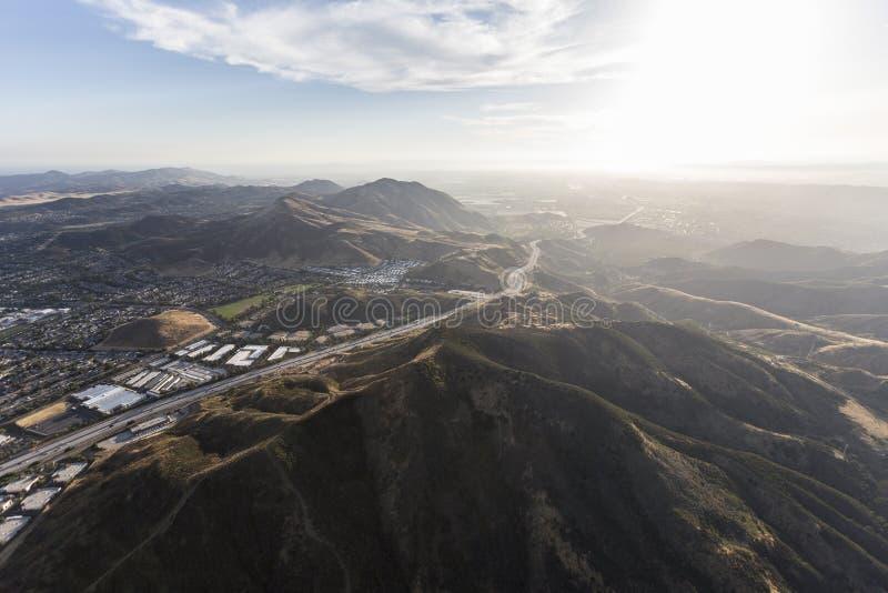 Autoroute de Ventura 101 dans Newbury Park la Californie images libres de droits