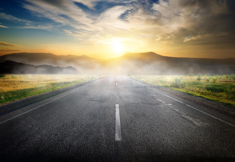 Autostrada góry zdjęcie royalty free