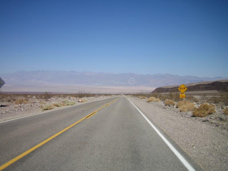 Download Autostrada tęsk obraz stock. Obraz złożonej z autostrada - 6987749