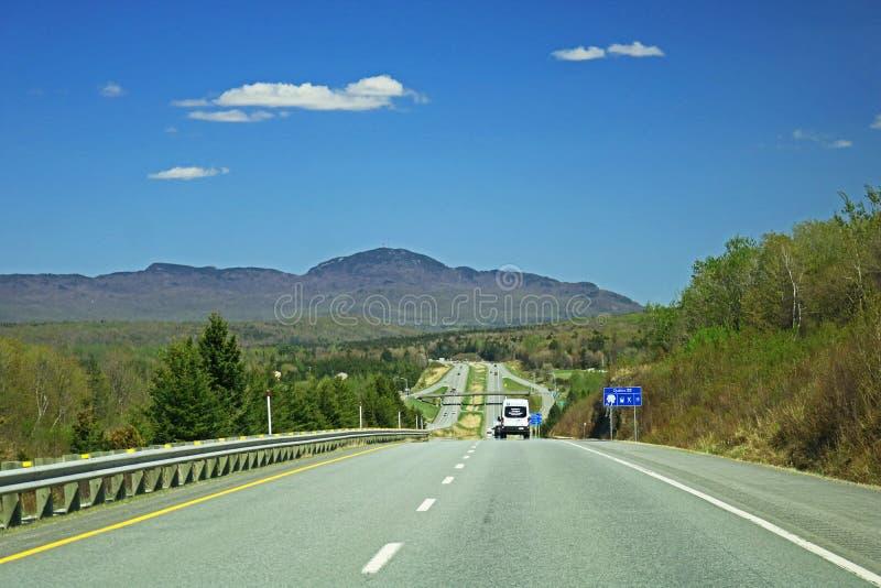 Autostrada 10 Zbliża Sherbrooke, Quebec fotografia stock