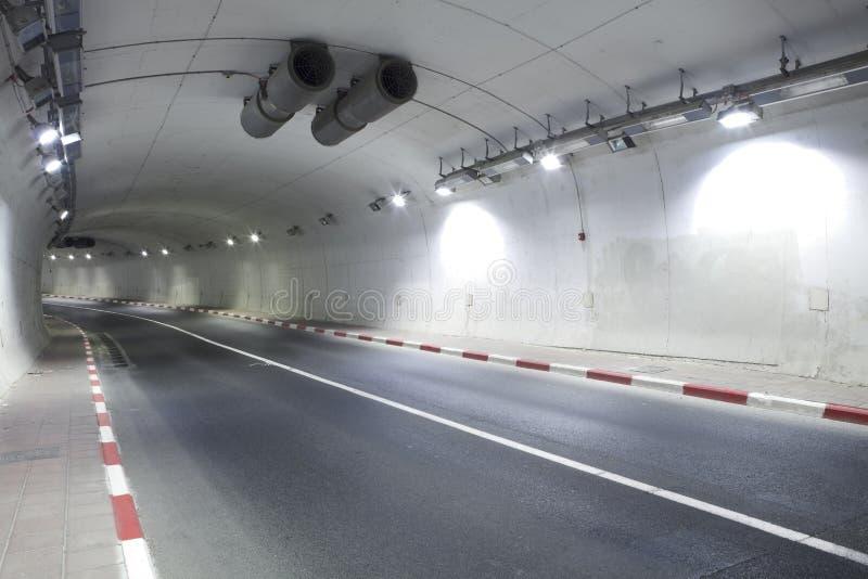 autostrady drogi tunel miastowy obrazy royalty free