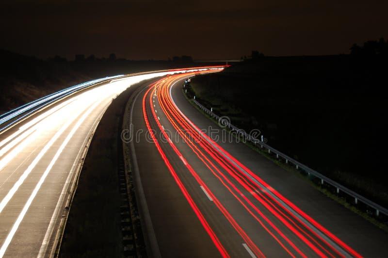 autostrady noc ruch drogowy obraz royalty free