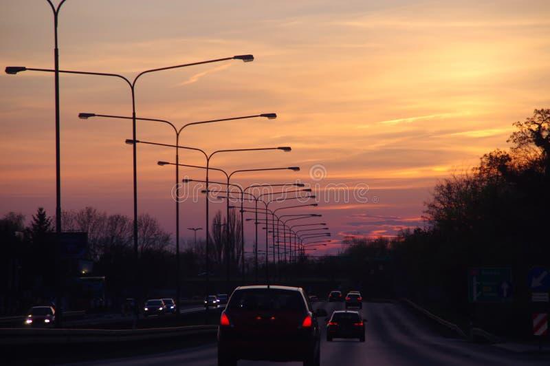 autostrady zmierzchu odg?rny widok obrazy royalty free