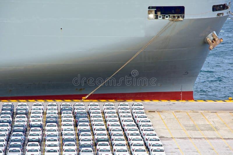 Autotransporterschiff lizenzfreies stockfoto