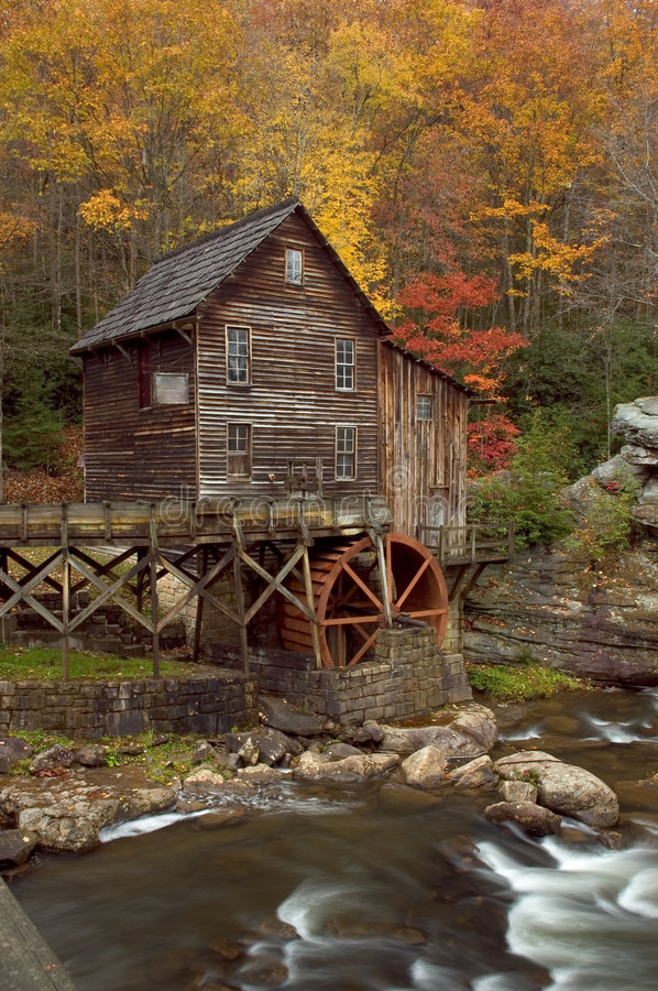 Free Autumn At The Grist Mill Royalty Free Stock Photography - 1434187