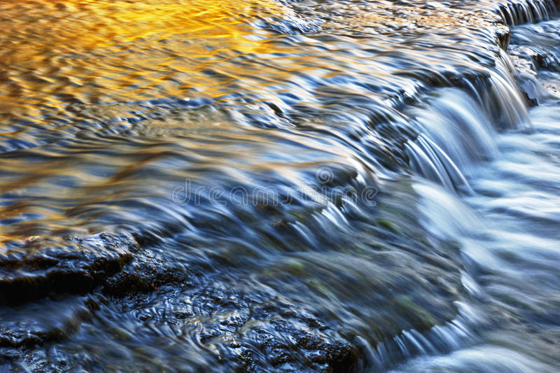 Autumn Autrain Cascade royalty-vrije stock foto