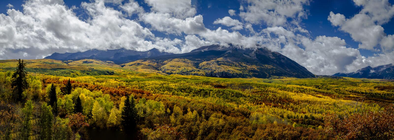 Autumn Color in San Juan und Rocky Mountains von Colorado lizenzfreie stockfotografie