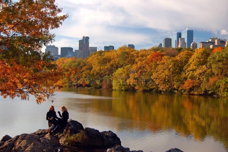 Autumn At der See im Central Park stockfoto
