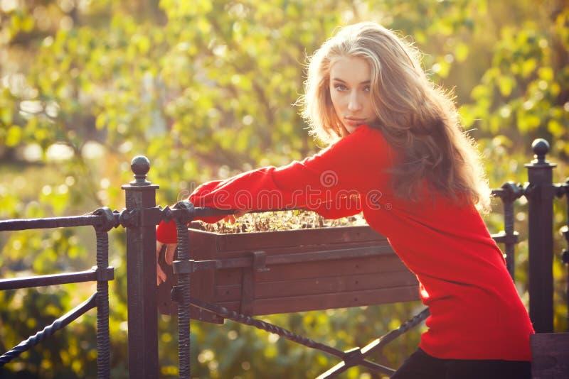 Autumn Fashion Girl fotos de stock royalty free