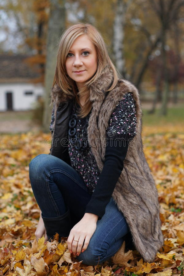Autumn Girl lizenzfreies stockbild