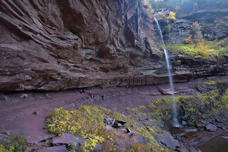 Autumn At Kaaterskill Falls royalty-vrije stock fotografie